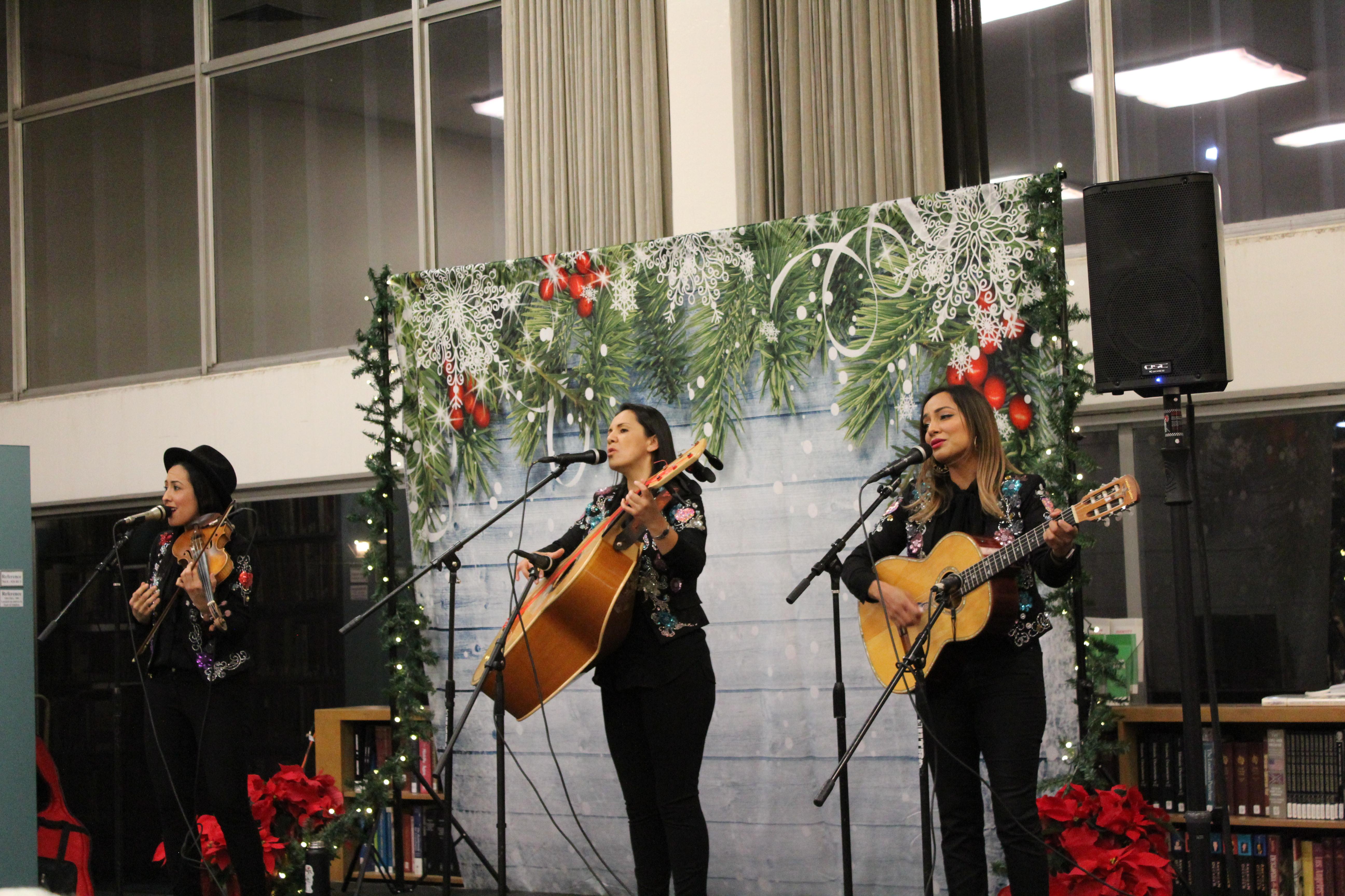 Trio Ellas Christmas Concert
